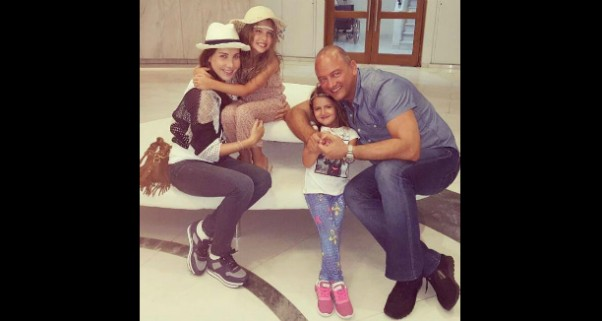 Music Nation - Nancy Ajram - Family Pic (3)