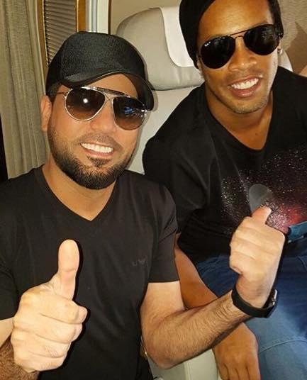 Music Nation - Waleed Al Shami Meets Ronaldinho - Plane (1)