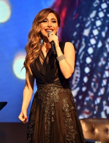 Music Nation - Yara - Concert - Dubai - New Year's Eve (4)