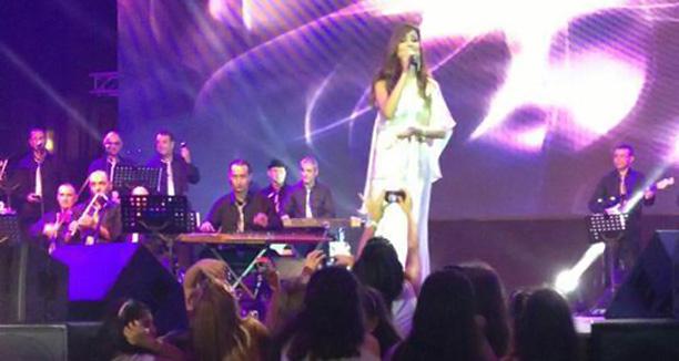 Music Nation - Nancy Ajram - Beirut Souks (7)