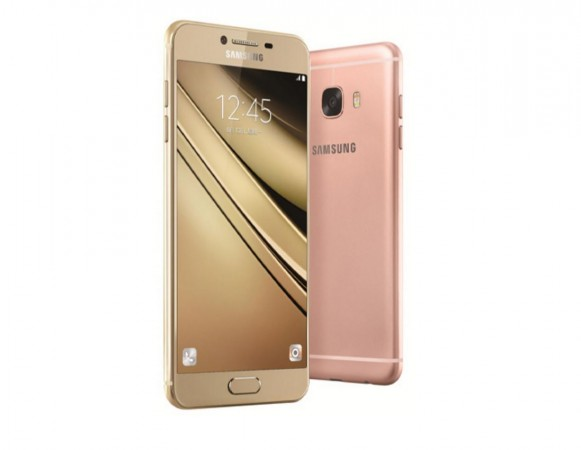 1476452751_samsung-launches-sleek-metal-clad-galaxy-c7-china-price-specifications